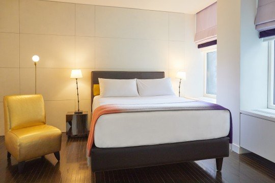St Paul Hotel - Rooms & Suites - Standard Queen